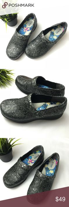 Grey's Anatomy Softwalk Nursing Clogs Shoes Grey's Anatomy by Softwalk Women's Professional Nursing Clogs Shoes. Size 9.5 M. In Floral Pewter metallic Color. Excellent Condition. Very light scuff on the shoe. SoftWalk Shoes Mules & Clogs