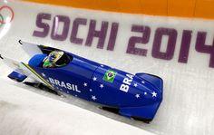 Trenó brasileiro durante treino do bobsled.