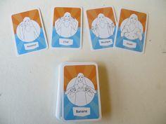 """jeu de Signes de Sens, appelé """"Dites-le en langue des signes !"""". C'est un jeu de cartes, qui s'adresse aux 7 à 77 ans, afin de leur permettre de découvrir la langue des Sourds."""