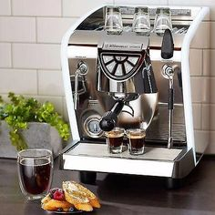 Nuova Simonelli Musica LUX Espresso & Cappuccino Machine Maker – Mini PC Caffe How To Make Cappuccino, Cappuccino Recipe, Cappuccino Maker, Cappuccino Machine, Espresso Machine, Coffee And Espresso Maker, Best Espresso, Coffe Machine, Portable Coffee Maker