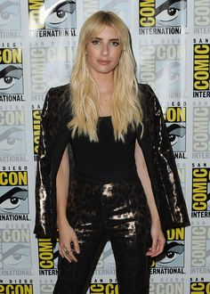 emma-roberts-at-scream-queens-press-line-at-comic-con-in-san-diego-07-22-2016_1.jpg (1200×1680)