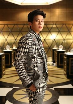 Youngjae B.A.P photo shoot for Japanese single Excuse Me. Youngjae Bap, Himchan, Tvxq, Btob, Hyun Young, Japanese Singles, Jung Daehyun, Block B, Jyj