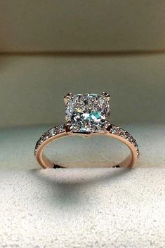 18 Rose Gold Engagement Rings By Famous Jewelers ❤ rose gold engagement rings princess cut center diamond ❤ More on […] Wedding Rings Solitaire, Princess Cut Rings, Wedding Rings Rose Gold, Princess Cut Engagement Rings, Beautiful Engagement Rings, Wedding Rings Vintage, Engagement Ring Cuts, Rose Gold Engagement Ring, Bridal Rings