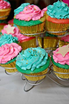 DIY Tie-Dye Cupcakes how-to