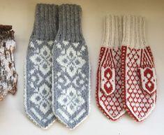 Vottemønster,Sokkemønster ,mønster til pannebånd og mini Selbu 🐑🇳🇴 | FINN.no Knit Mittens, Holidays And Events, Knit Crochet, Knitting Patterns, Gloves, Monogram, Socks, Mini, Creative