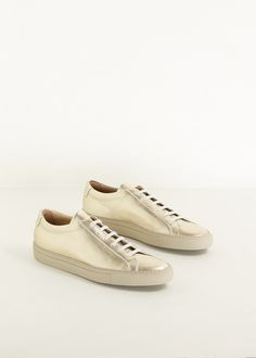Woman by Common Projects ORIGINAL ACHILLES LOW TOP SNEAKER – http://totokaelo.com/stories/pizza-and-cookies