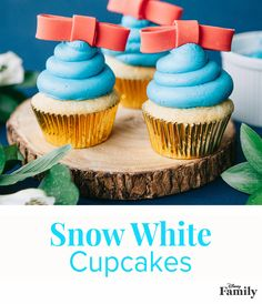 Celebrate the magic of Snow White's fairy tale with this cupcake recipe idea that's as sweet as the princess herself.