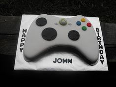 would have been perfect for Seth Nintendo Cake, Xbox Cake, Cupcake Cake Designs, Cupcake Cakes, Cupcakes, Mini Cakes, Cake Cookies, Birthday Cake For Son, Birthday Cakes