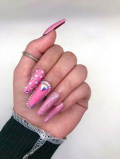 Rhinestone Nails, Bling Nails, Swag Nails, Tina's Nails, Acrylic Nails Glitter Ombre, Acrylic Nails Coffin Pink, Stylish Nails, Trendy Nails, Dope Nail Designs