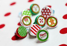hersheys kisses printables for christmas! brilliant idea! <3
