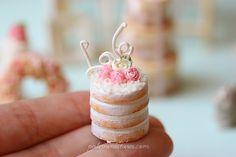Dollhouse Miniature Naked Cake