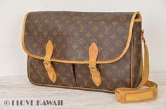 Louis Vuitton Monogram Gibeciere GM Shoulder Bag M42246
