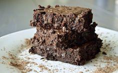 Ooey-Gooey Dark Chocolate Paleo Brownies
