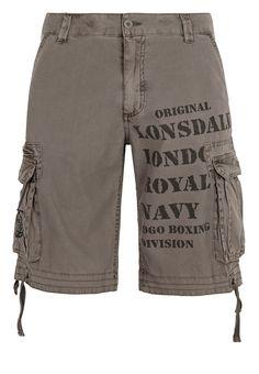 Die Bermudahose von Lonsdale sieht nicht nur gut aus, sondern überzeugt darüber hinaus durch einen hohen Tragekomfort.  Material: 100% Cotton Canvas...
