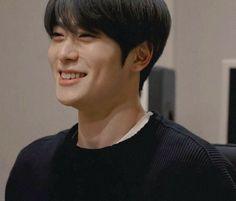 Aesthetic Filter, Disney Princes, Jung Yoon, Valentines For Boys, Jung Jaehyun, Jaehyun Nct, Boyfriend Goals, Super Happy, Dimples