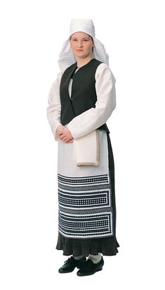 Folk Costume, Costumes, Film Dance, Court Dresses, Black And White Pictures, Traditional Dresses, Female, Clothes, Prints