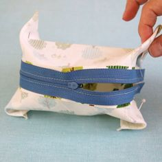 Boxy Pouch to make from a fat quarter