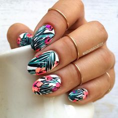 """""""I can't wait to get started on some fall manis but before I do, here's a #tbt to my tropical floral phase earlier this summer! Is it bad that I'm already…"""" Nail Ring, Nail Artist, My Nails, Love Nails, Hair And Nails, How To Do Nails, Beautiful Nail Designs, Cool Nail Designs, Tropical Nail Designs"""