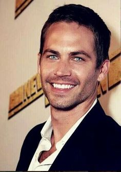 Paul Walker. One of the most attractive men in the world. Anx such a great actor.Forever in my heart