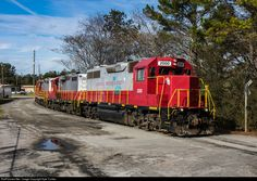 RailPictures.Net Photo: GNRR 2000 Georgia Northeastern EMD GP38 at Noonday, Georgia by Kyle Yunker