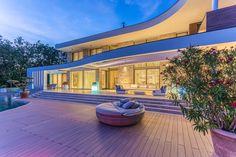 Luxus ingatlanfotózás, Épületfotózás legmagasabb minőségben Shading Device, Entrance Doors, The Neighbourhood, Most Beautiful, Exterior, Windows, Mansions, Elegant, House Styles