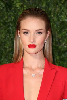 rosie huntington whiteley - perfect red lipstick pout