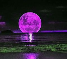 This has got to be one of the best moon pictures I have seen.