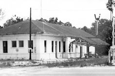 Florida Memory - Railroad depot : Green Cove Springs, Florida (the later one)