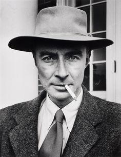 J. Robert Oppenheimer, father of the atomic bomb ca. 1947. Photographed by Alfred Eisenstaedt. S)