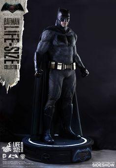 DC Comics Batman Life-Size Figure by Hot Toys | Sideshow Collectibles