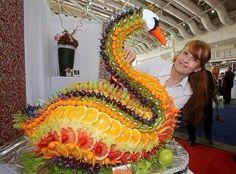 Edible Art - beautiful swan. Where would you start?