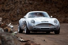 Aston Martin DB4 Zagato, gets a redesign with a new carbon fiber shell