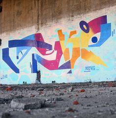 Street art by Moscow-based visual artist Aske, aka Sicksystems