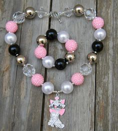Disney Aristocats Rhinestone Marie Inspired Girls Chunky Necklace, Chunky Bead Necklace, Chunky Bubblegum Necklace  Pink Black and White