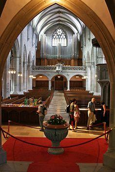 Interior of Fraumunster Cathedral.  Zurich, SWITZERLAND.  Ferienwohnung oder Studio zu vermieten in Zürich! >> http://www.imsonnenbuehl.com .