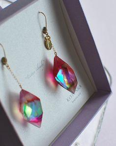 KOTENRA Ear Jewelry, Cute Jewelry, Resin Jewelry, Bling Jewelry, Crystal Jewelry, Jewelry Crafts, Jewelery, Jewelry Accessories, Jewelry Design