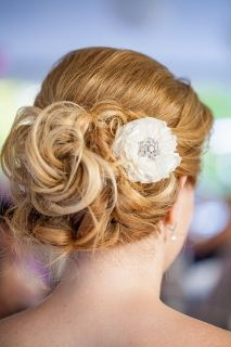 updo with small flower
