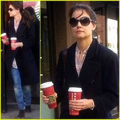 Katie Holmes: Coffee Stop at Starbucks!