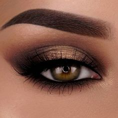 Golden Smokey eyeshadow, brown eyes, Smokey smokey eye make up,bronz eye make up Simple Eye Makeup, Cute Makeup, Gorgeous Makeup, Skin Makeup, Eyeshadow Makeup, Eyeshadow Brushes, How To Eyeshadow, Rock Makeup, Beauty Make-up