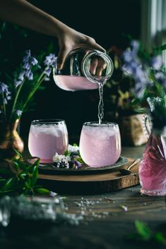 Pouring Lavender Lemonade into glasses. Every sip of this fragrant, 5 ingredient Lavender Lemonade will remind you of the floral beauty of Spring. Every sip of this fragrant, 5 ingredient Lavender Lemonade will remind you of the floral beauty of Spring. Fancy Drinks, Cocktail Drinks, Yummy Drinks, Healthy Drinks, Cocktails, Healthy Food, Nutrition Drinks, Refreshing Drinks, Non Alcoholic Drinks