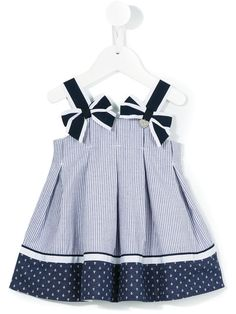 The baby girls' party dresses range features classic shapes in pastels and brights. Discover dresses with delicate embellishments at Farfetch. Newborn Girl Outfits, Little Girl Outfits, Kids Outfits, Kids Dressy Clothes, Toddler Fashion, Kids Fashion, Baby Girl White Dress, Baby Frocks Designs, Kids Dress Patterns