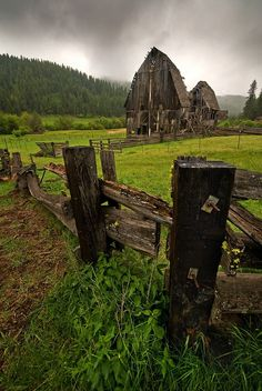Abandoned, Cuprum, Idaho. photo via vanessa