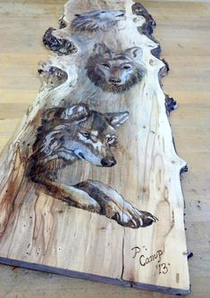 Wolves Pyrography This could be done with Jack, Maci and Rudy or Piper, Bug and Mr Grady Wood Burning Crafts, Wood Burning Patterns, Wood Burning Art, Wood Crafts, Wood Creations, Pyrography, Wood Design, Wood Carving, Painting On Wood