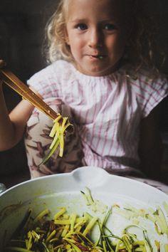 det bästa jag ätit som jag kommer att laga ofta hädan efter | Foodjunkie | Bloglovin' Lchf, Vegan Recipes, Good Food, Veggies, Vegetarian, Ethnic Recipes, Kaka, Mandolin, Tips