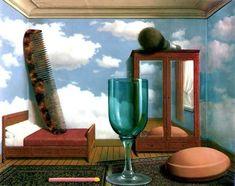 Rene Magritte nos representa los objetos desproporcionados en cuanto al espacio donde se encuentran de hay que se vean gigantes.