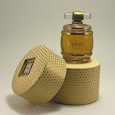 *Caron - perfume 'With pleasure'