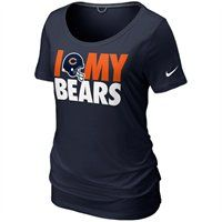 The Nike Chicago Bears Dedication tri-blend t-shirt features a comfy, relaxed boyfriend cut with a wide scoop neck. Designed in team colors, the chest displays a screenprinted graphic celebrating your Bears. Show your Bears pride and look cute doing it!