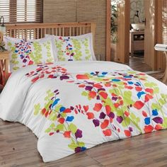 Maple Harbour's Ritta Cotton Duvet Cover is perfect for Spring :)