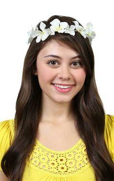 Deb Shops braided floral head wrap $9.81