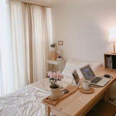 Apartment Bedroom Decor, Living Room Decor, Small Bedroom Interior, Bedroom Desk, Decor Room, Apartment Living, Bed Room, Master Bedroom, Deco Studio